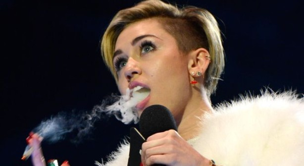 miley-porro-mtv-detail