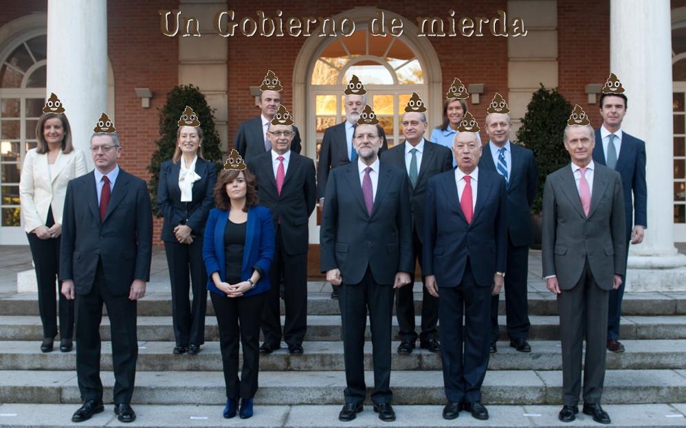 13 de los 14 miembros del Gobierno están acusados de corrupción (2/6)
